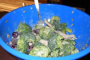 Broccoli and Chicken Salad Image 2