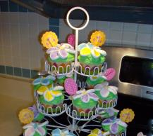 Flower Power Cupcakes Image 2