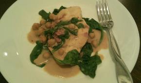 creamy-chicken-spinach-chickpeas-114069 Image 1