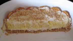 Layered Coconut Cream Cheesecake Bars Image 3
