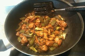 Easy Chicken Stir-Fry Image 2