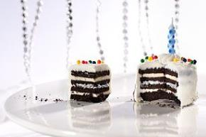 "Mini OREO Birthday ""Cakes"" Image 2"
