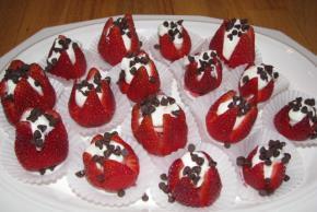 Double-Chocolate Filled Strawberries Image 2