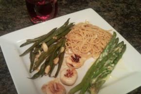 Pan-Seared Sea Scallops and Green Beans Amandine for Two Image 2